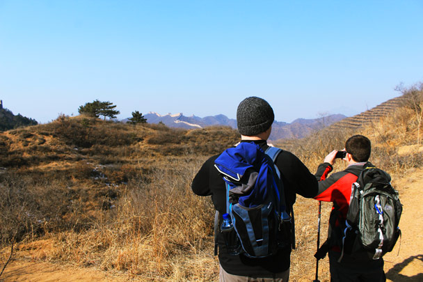 We spotted the wall far off in the distance. We'd need to hike for a while before we got over there - Hemp Village and the Gubeikou Great Wall, 2017/2/18