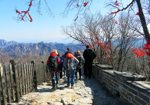 Heading down into Mutianyu - Jiankou to Mutianyu Great Wall, 2017/3/08
