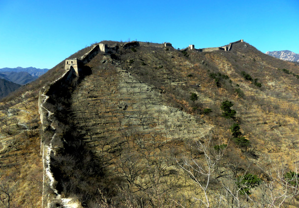 Our hike would take us up to the highest point in the background - Walled Village to the Little West Lake, 2017/3/09
