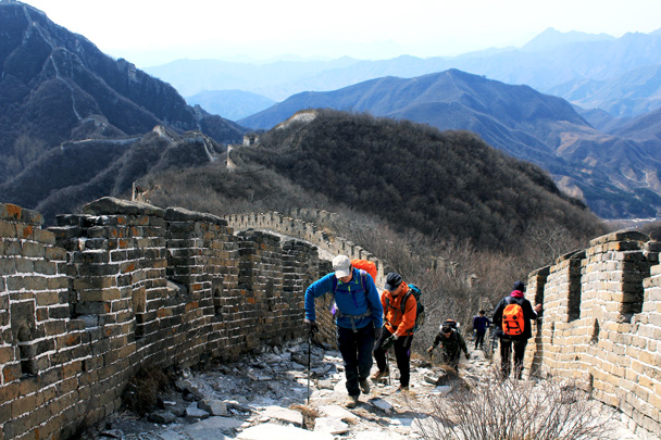 We met some hikers coming the other way - Jiankou Big West Great Wall, 2017/3/11