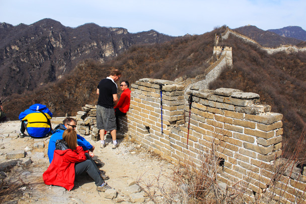 The wall here is in slightly better condition, with the battlements still standing - Jiankou Big West Great Wall, 2017/3/11