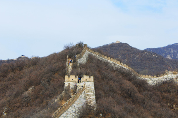 A solid line of wall, with a small tower - Jiankou Big West Great Wall, 2017/3/11