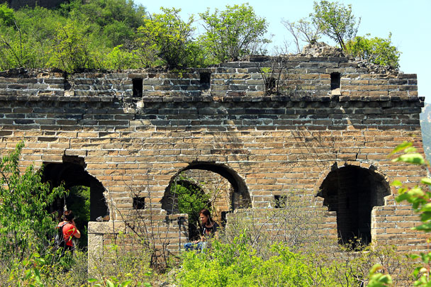 A ruined tower - Walled Village to Huanghuacheng Great Wall, 2017/4/22