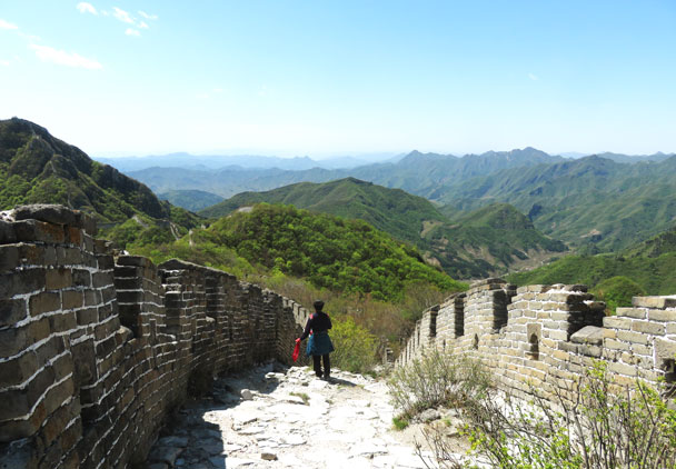 The wall here is in pretty good condition - Earth Day clean up hike at the Jiankou Great Wall, 2017/4/23