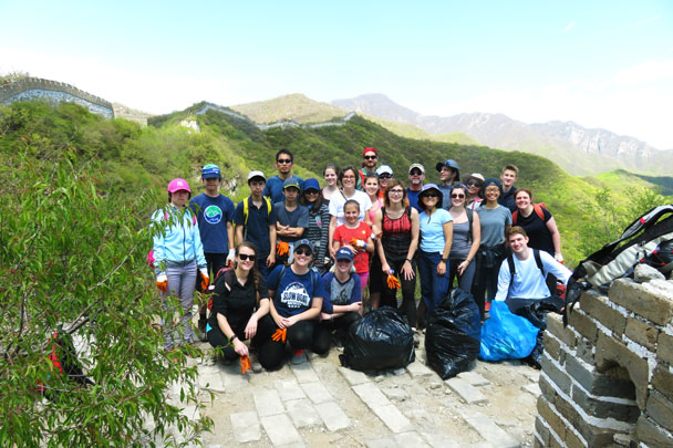The clean up crew - Earth Day clean up hike at the Jiankou Great Wall, 2017/4/23