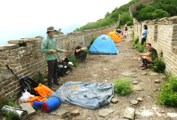 Hiking guide Marvin sets up his tent - Great Wall Spur Camping Trip, 2017/05/29