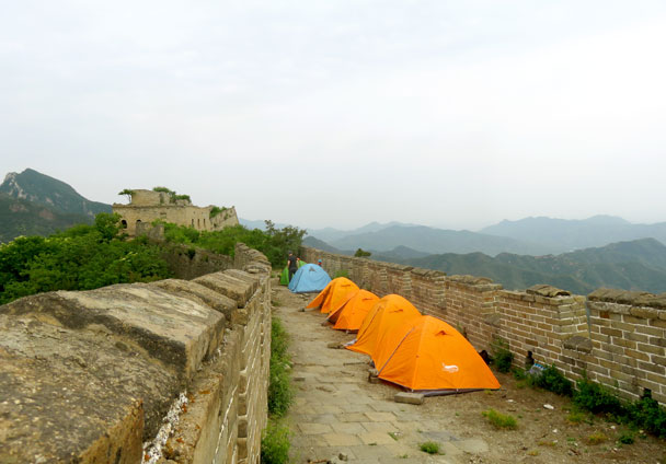 The campsite is all set up - Great Wall Spur Camping Trip, 2017/05/29