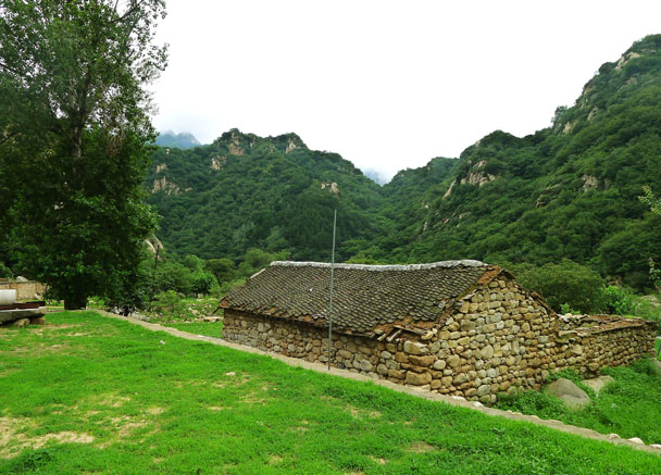 An old farm house – empty now - Yunmeng Gorge Swim and Explore, 2017/7/23