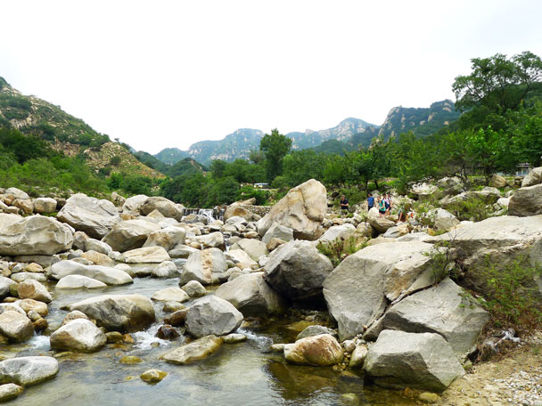 We hiked back down the river - Yunmeng Gorge Swim and Explore, 2017/7/23