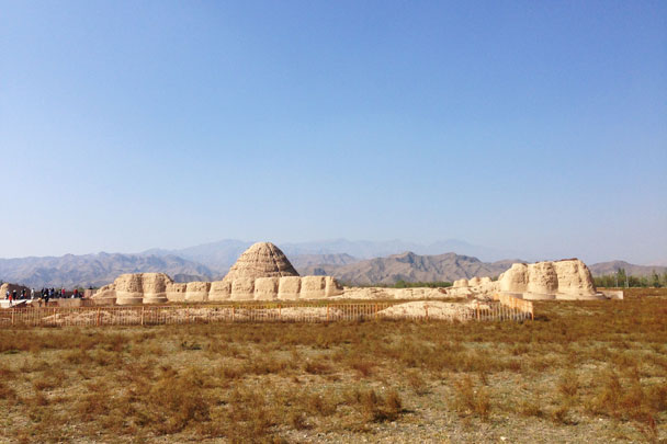 We visited the Imperial Tombs of the Western Xia Dynasty (1038–1227) - Alashan Desert Lakes and Temple, Inner Mongolia, 2017/10