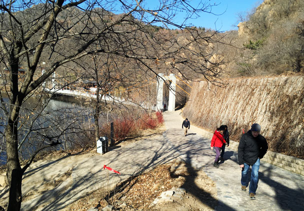 Longquanyu Great Wall to the Little West Lake, 2017/11/18 photo #12