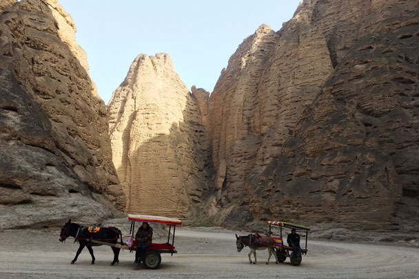 These carts would be our ride out - Lanzhou Danxia Landform, Yellow River, and Bingling Temple, 2017/12