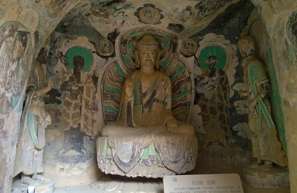 Statues and murals. Scholars are able to put a rough date on the construction period by the different styles of artwork - Lanzhou Danxia Landform, Yellow River, and Bingling Temple, 2017/12
