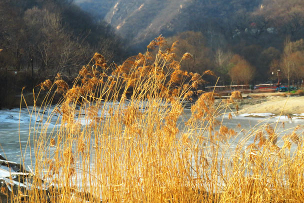 Longquanyu Great Wall to the Little West Lake, 2017/12/27 photo #27
