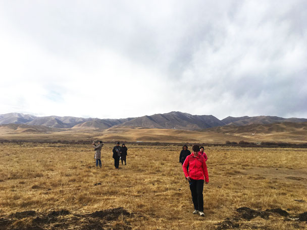 Hiking in the Sangke Grassland - Unveiling the Buddha at Labrang Monastery, 2018/02