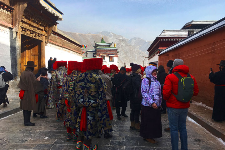 'Unveiling the Buddha' at Labrang Monastery, 2018/02/16 photo #11