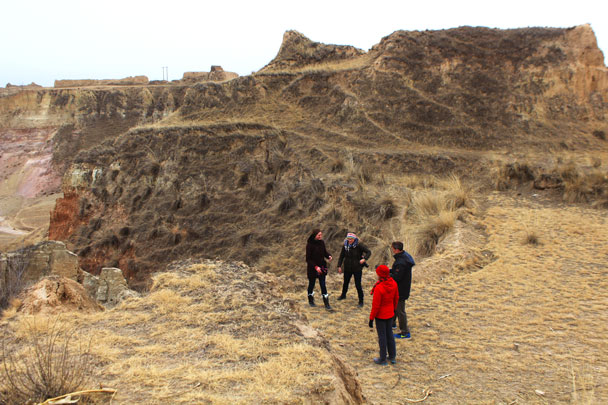 Dry and desolate loess plateau - Yu County overnight, March 2018