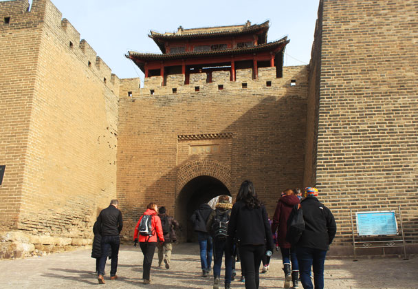 On the way back to Beijing we stopped by Jimingyi, a walled town that dates back to the Ming Dynasty - Yu County overnight, March 2018