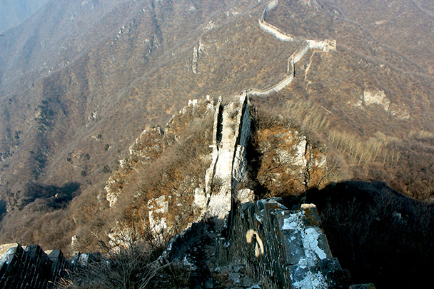 Looking down one side of the 'knot', where there's a spur in the wall - Chinese Knot Great Wall, 2018/03/10