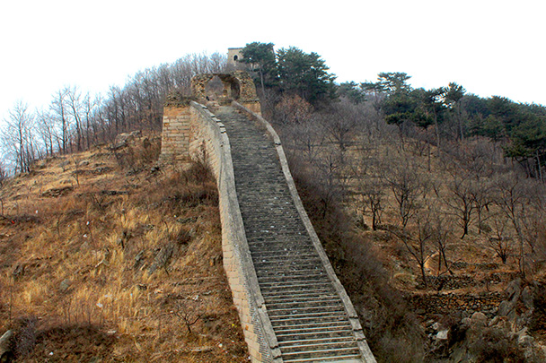 The Great Wall on one side - Big Black Mountain to the Walled Village, 2018/03/11