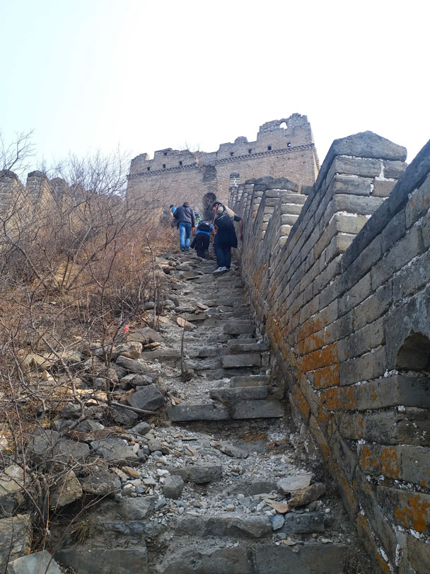 Climbing up the wall. You can see it's in fairly rough condition, but not too bad considering it was built more than 400 years ago - Great Wall Spur hike, 2018/03/21