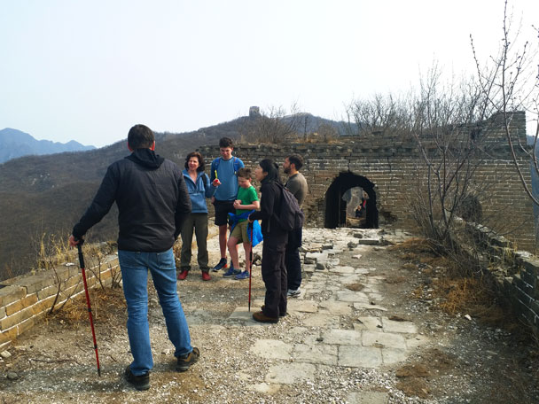 About to pass through a tower - Great Wall Spur hike, 2018/03/21