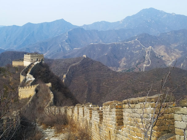 Looking back down the wall - Great Wall Spur hike, 2018/03/21