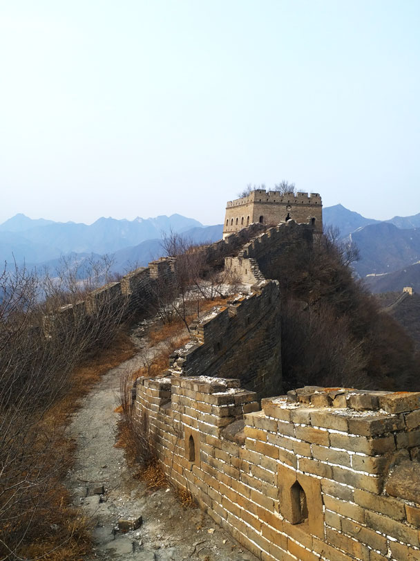 Looking back to the first tower - Great Wall Spur hike, 2018/03/21