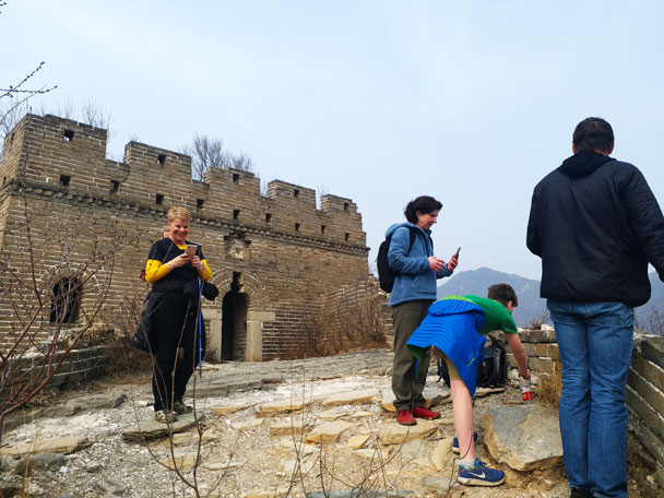 Made it up on to the wall - Great Wall Spur hike, 2018/03/21