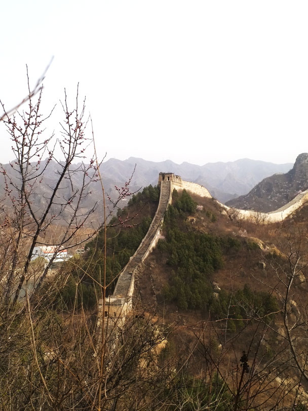 Views of the wall ahead - Huanghuacheng Great Wall to the Walled Village, 2018/03/29