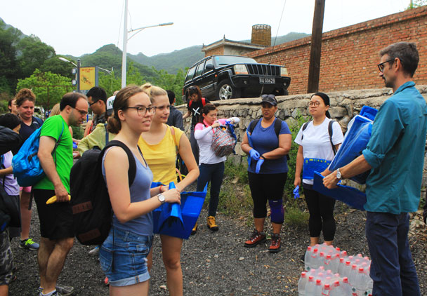 Getting ready to go - Waste-Free Wall clean up hike with Gung Ho and Patagonia, 2018/06/03