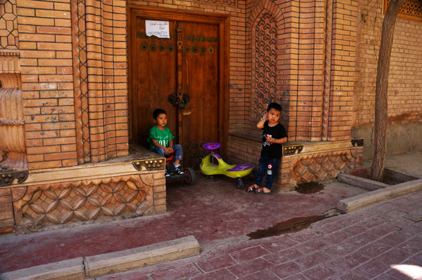 Korla, Kuqa, Kashgar and Urumqi, Xingjiang Province, 2018/06/13-18 photo #27