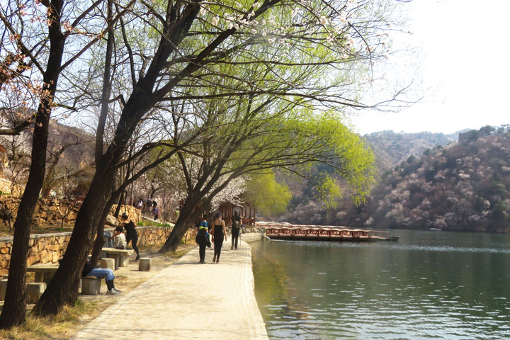 Longquanyu Great Wall to the Little West Lake, 2019/04/04 photo #10