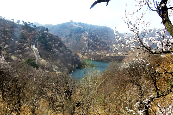 Longquanyu Great Wall to the Little West Lake, 2019/04/04 photo #11