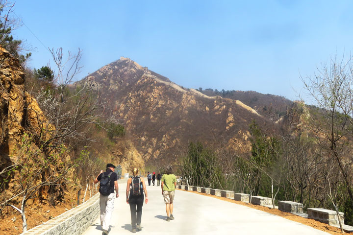 Longquanyu Great Wall to the Little West Lake, 2019/04/04 photo #12