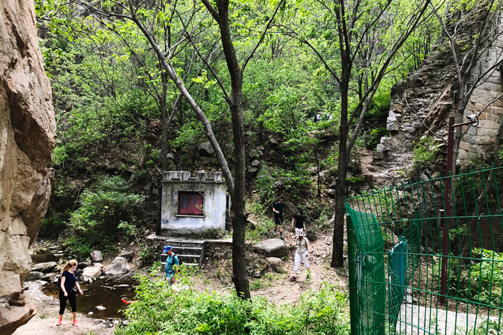 Longquanyu Great Wall to the Little West Lake, 2019/05/04 photo #9