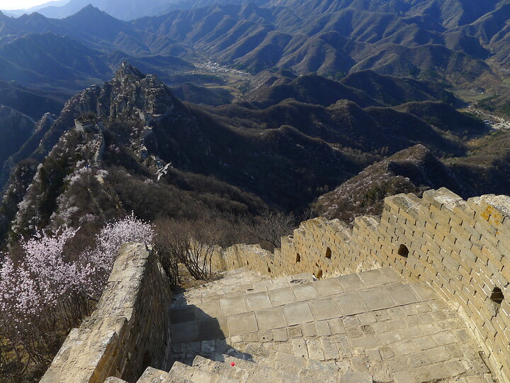 Jiankou Great Wall to Beigou Village sundown hike, 2021/04/04 photo #6