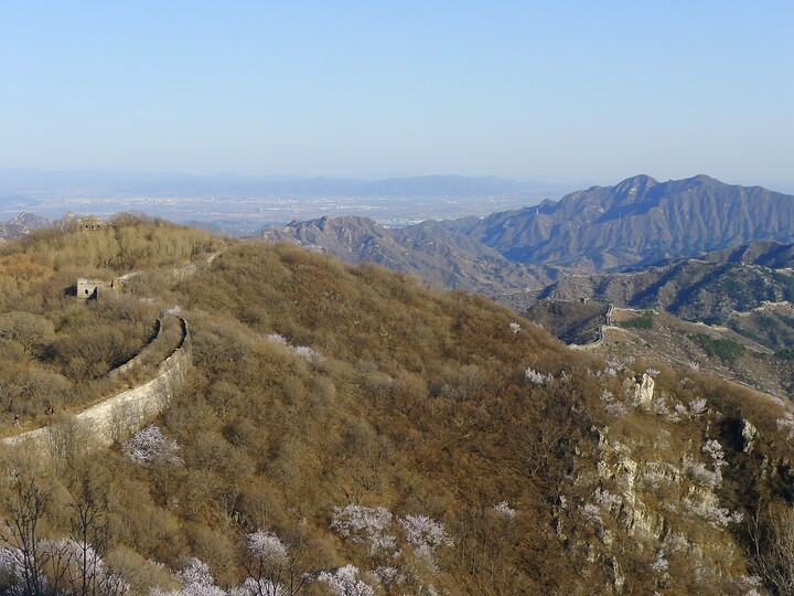 Jiankou Great Wall to Beigou Village sundown hike, 2021/04/04 photo #14