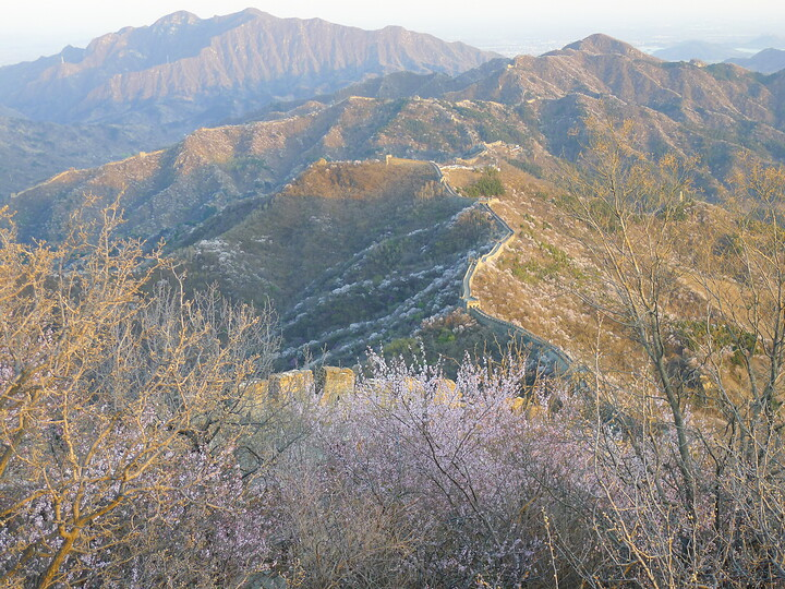 Jiankou Great Wall to Beigou Village sundown hike, 2021/04/04 photo #23