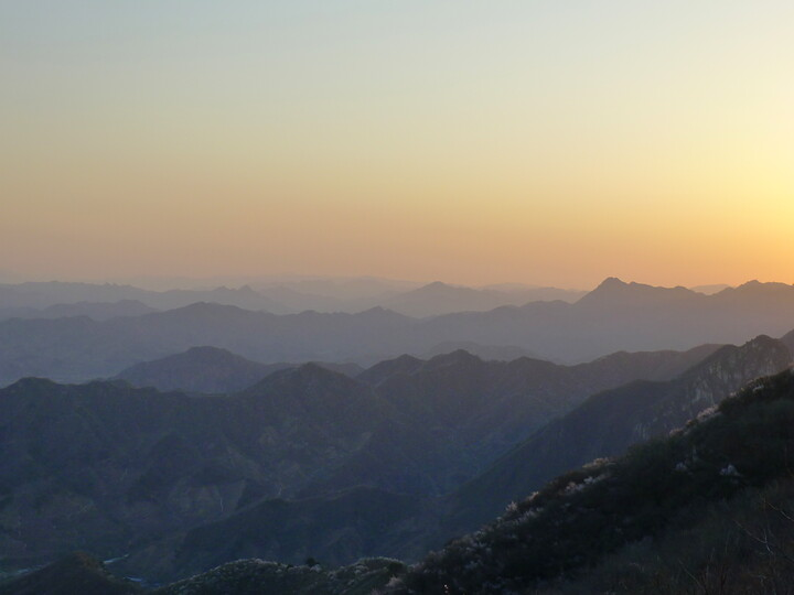 Jiankou Great Wall to Beigou Village sundown hike, 2021/04/04 photo #25