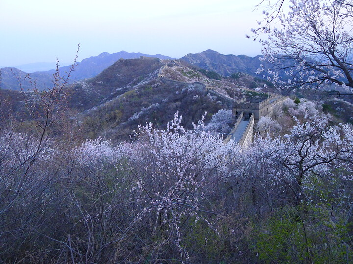 Jiankou Great Wall to Beigou Village sundown hike, 2021/04/04 photo #30