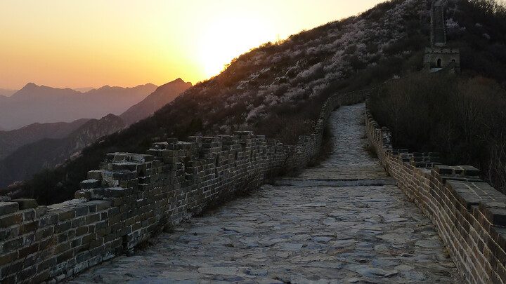 Jiankou Great Wall to Beigou Village sundown hike, 2021/04/04