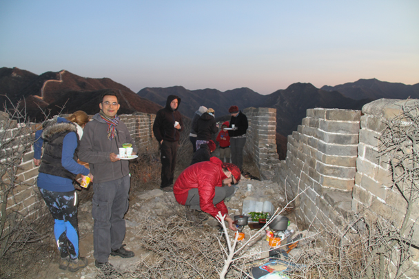 Cooking dinner - Switchback Great Wall Camping, 2016/03/26
