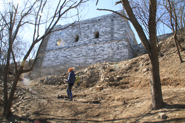 We left the wall at this big tower - Switchback Great Wall Camping, 2016/03/26