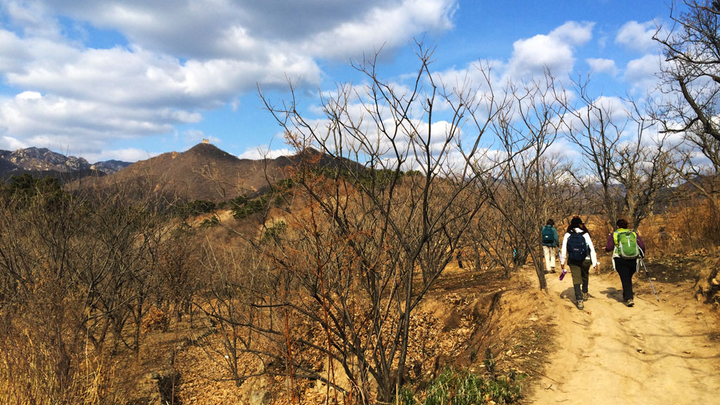 Big Black Mountain | On trails through orchards and farmland