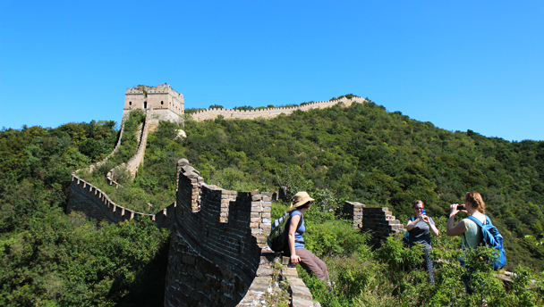 Great Wall Spur | Blue skies over a line of unrepaired 'wild' Great Wall
