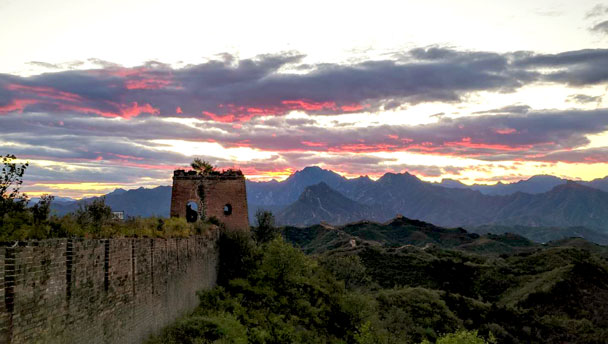 Gubeikou Great Wall camping | See sunset from the Great Wall at Gubeikou
