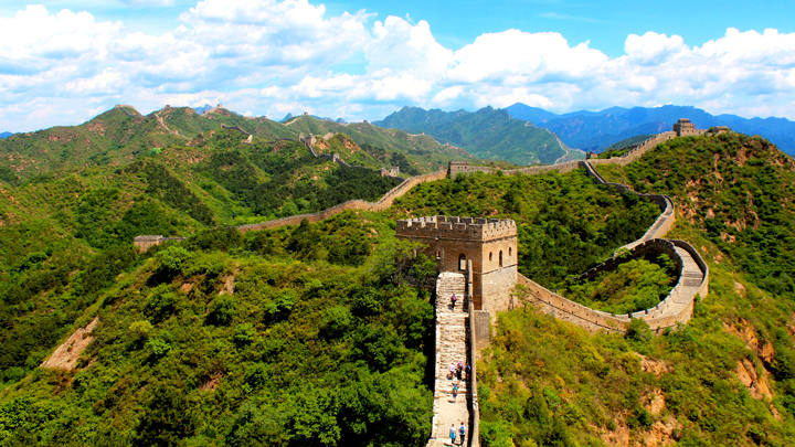 Gubeikou to Jinshanling Great Wall | Long views of all the Great Wall at Jinshanling.