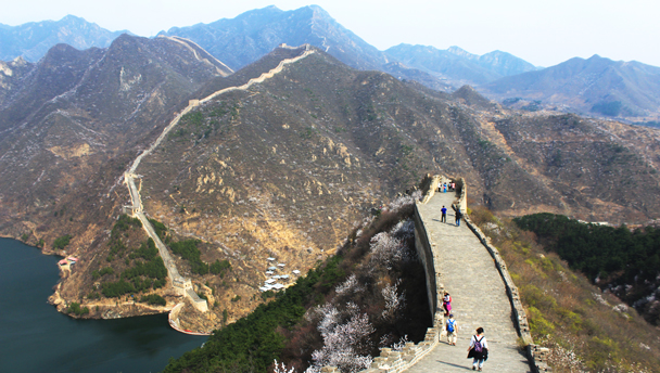 Huanghuacheng Great Wall | Hiking on the repaired end of the Huanghuacheng Great Wall