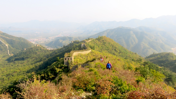 Huanghuacheng | Hiking on unrepaired Great Wall at Huanghuacheng